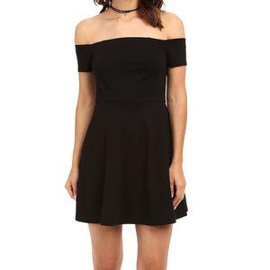 Free People sz M Mambo Off Shoulder Mini Dress